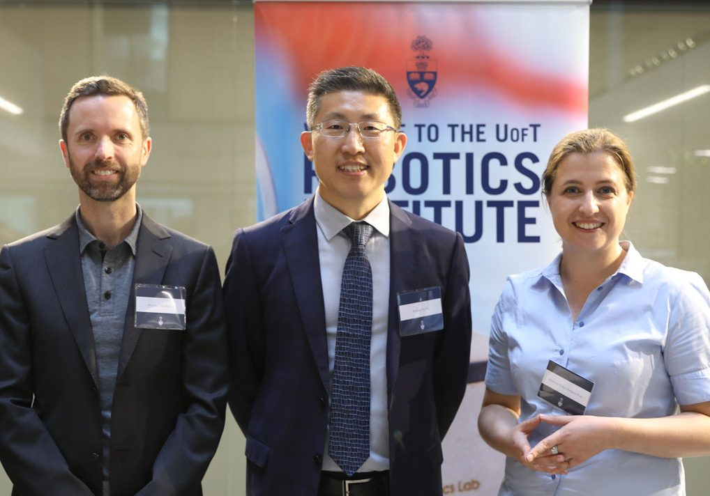 Tim_Barfoot_Yu_Sun_Jessica_Burgner-Karhs_Robotics_Institute_Launch_credit_Liz_Do